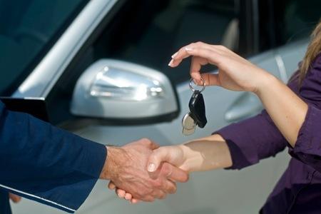 O que você precisa para alugar um carro