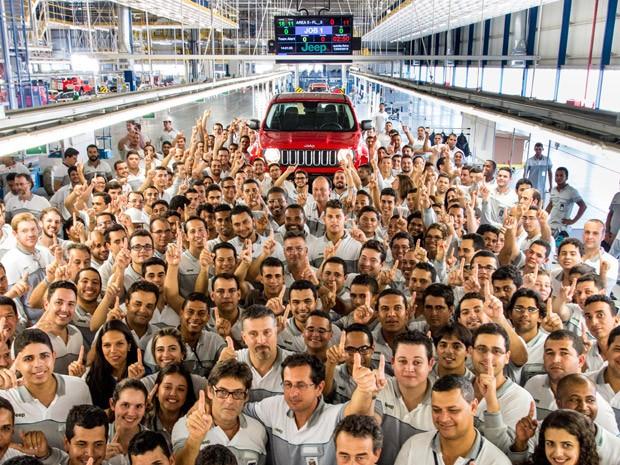 Jeep Renegade começa a ser montado no Brasil