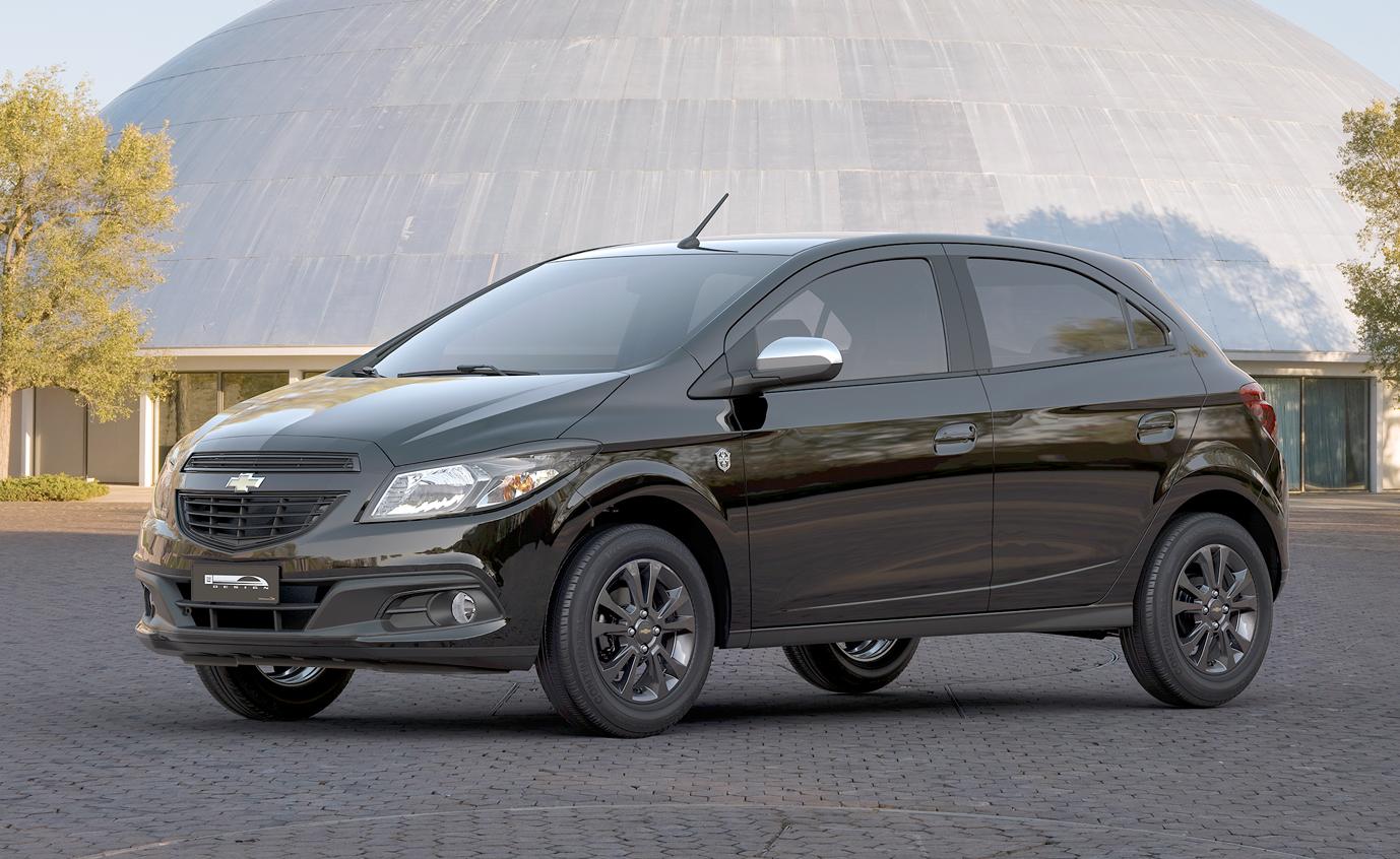 Simulação de Financiamento: Chevrolet Onix Seleção 2015