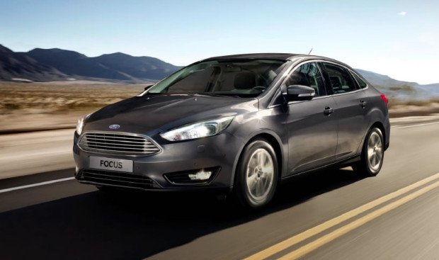 Simulação de Financiamento: Ford Focus Fastback 2016
