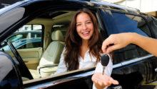 Alugar um carro nas férias de final de ano requer cuidados