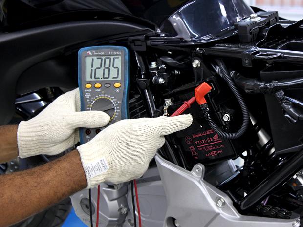A bateria da minha moto não segura a carga, e agora?
